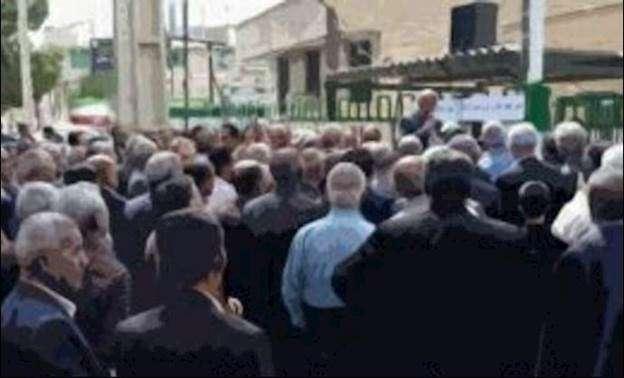 احتجاجات في إيران ضد نظام الملالي يوم الثلاثاء 12 مايو .. بالفيديو