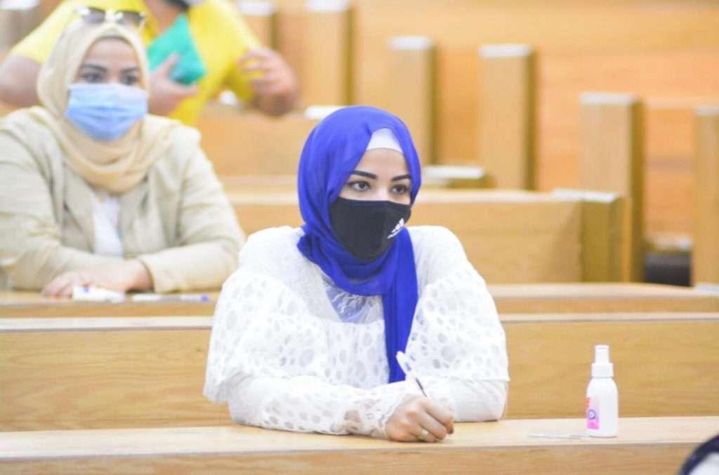 إجراءات وقاية ورعاية عالية المستوى بإمتحانات جامعة مصر للعلوم والتكنولوجيا