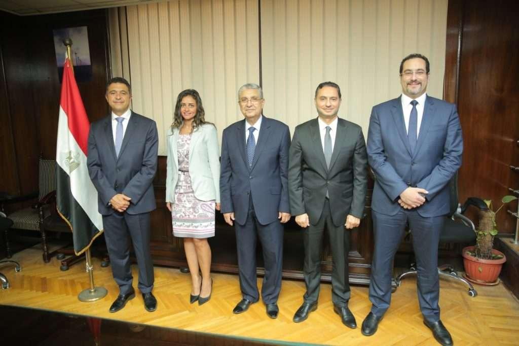 شنايدر إلكتريك تبدأ تنفيذ أول 4 مراكز تحكم بشبكات توزيع الكهرباء في مصر