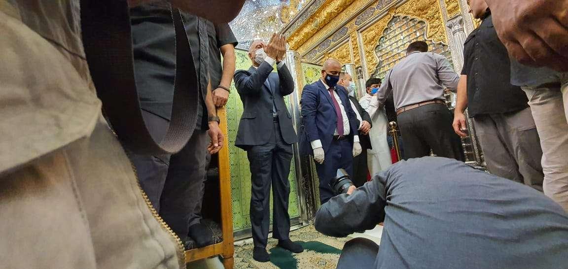 بالصور.. زيارة رئيس الوزراء العراقي إلى كربلاء