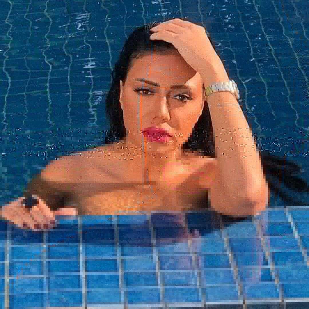 بعد ظهورها في حمام السباحة.. شاهد صور مثيرة للجدل لـ رانيا يوسف