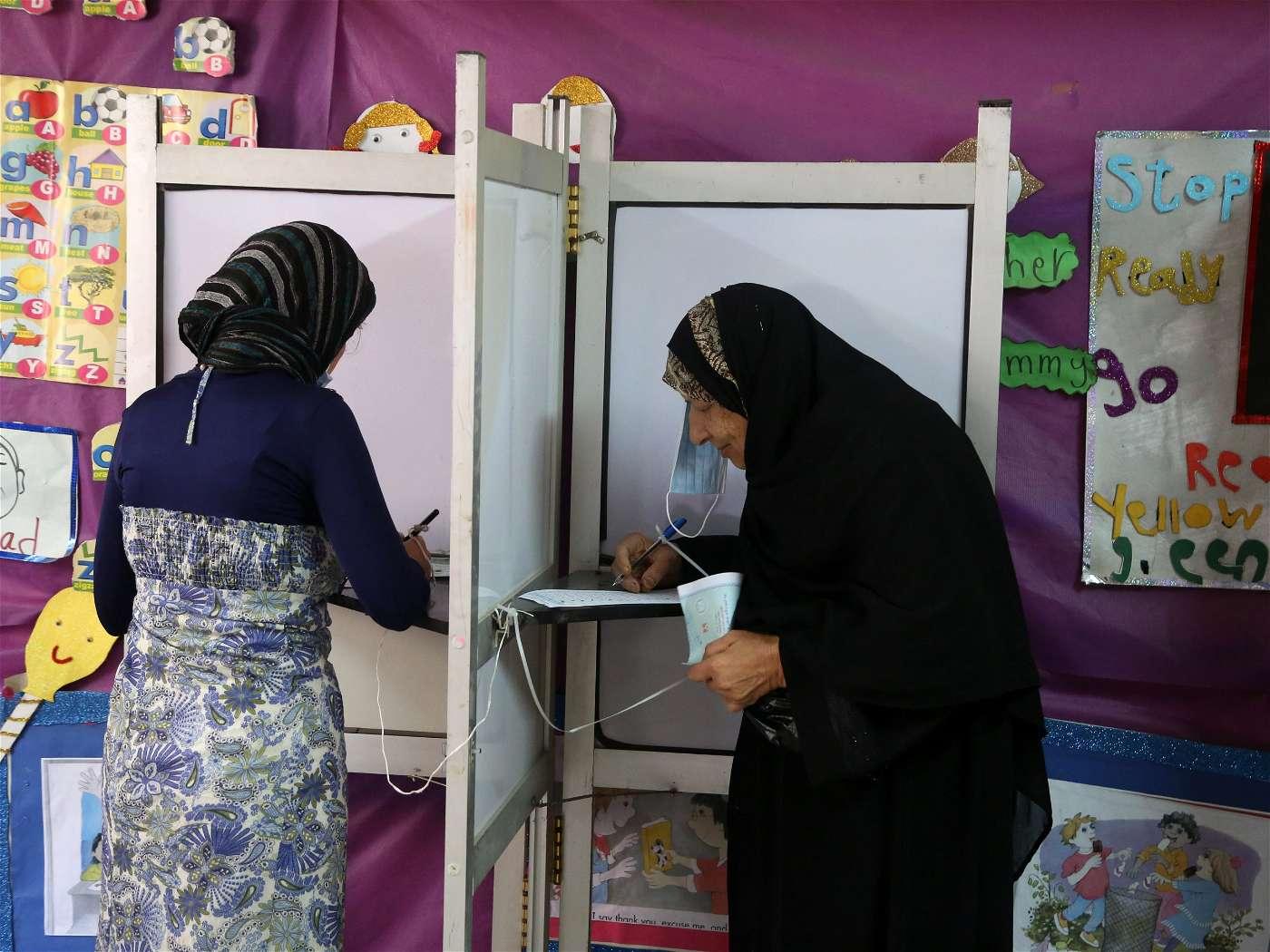 قوم يامصري وشد الحيل : الشباب طوابير في انتخابات النواب