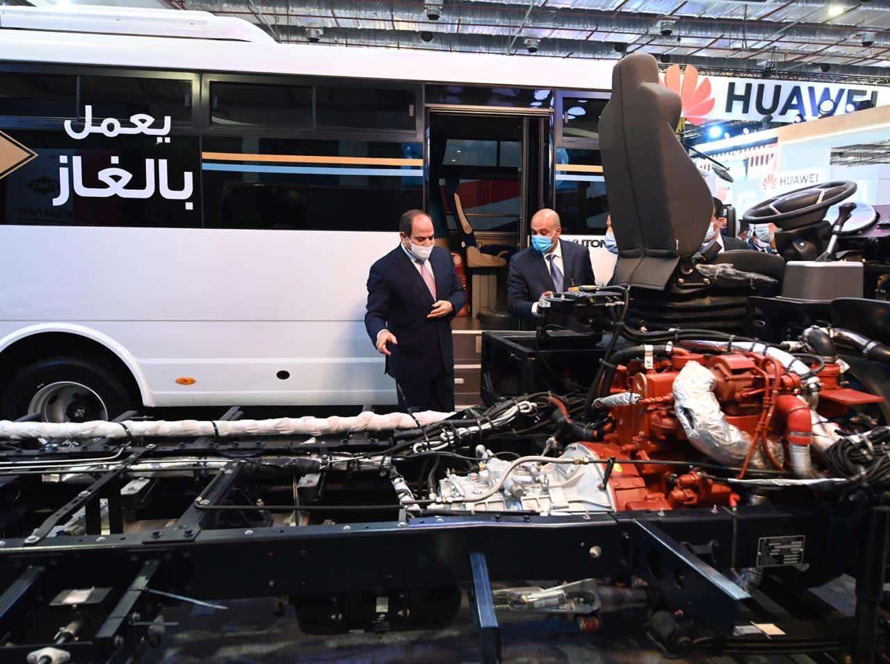 بالصور.. السيسي يفتتح معرض النقل الذكي للشرق الأوسط وأفريقيا