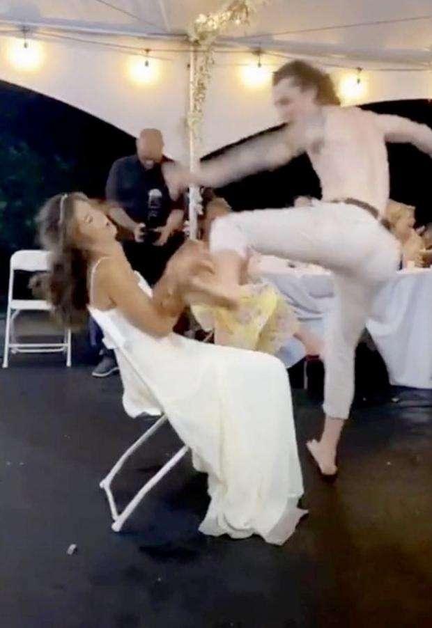 بلاش رقصة الشلاليت في الأفراح - أخرتها إرتجاج في مخ العروسة