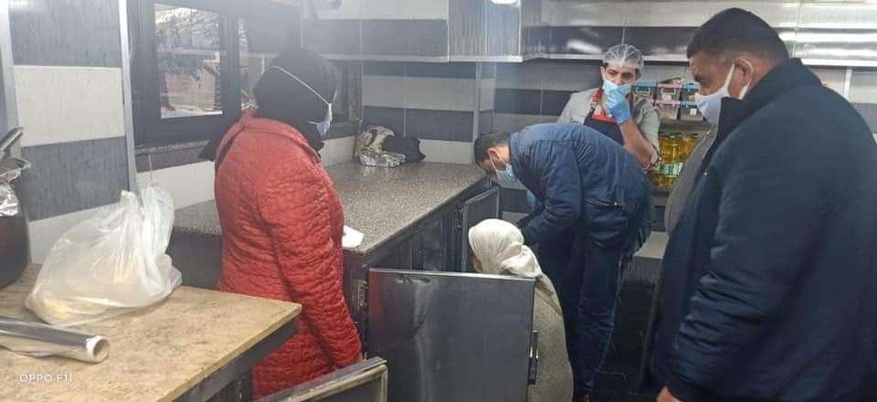 ضبط كميات لحوم فاسدة في حملة مكبرة علي بعض المطاعم بالإسكندرية