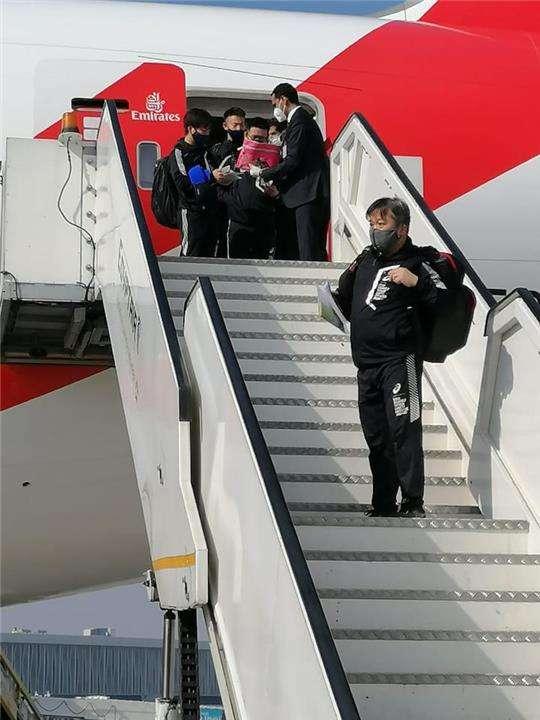 أشرف صبحي يستقبل منتخب اليابان لكرة اليد