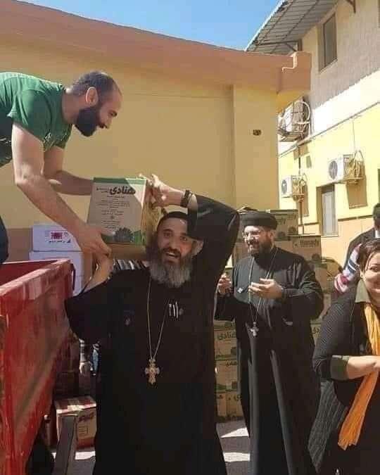 إحنا ١٠٠ مليون مصري مسلم ومسيحي عند اللزوم