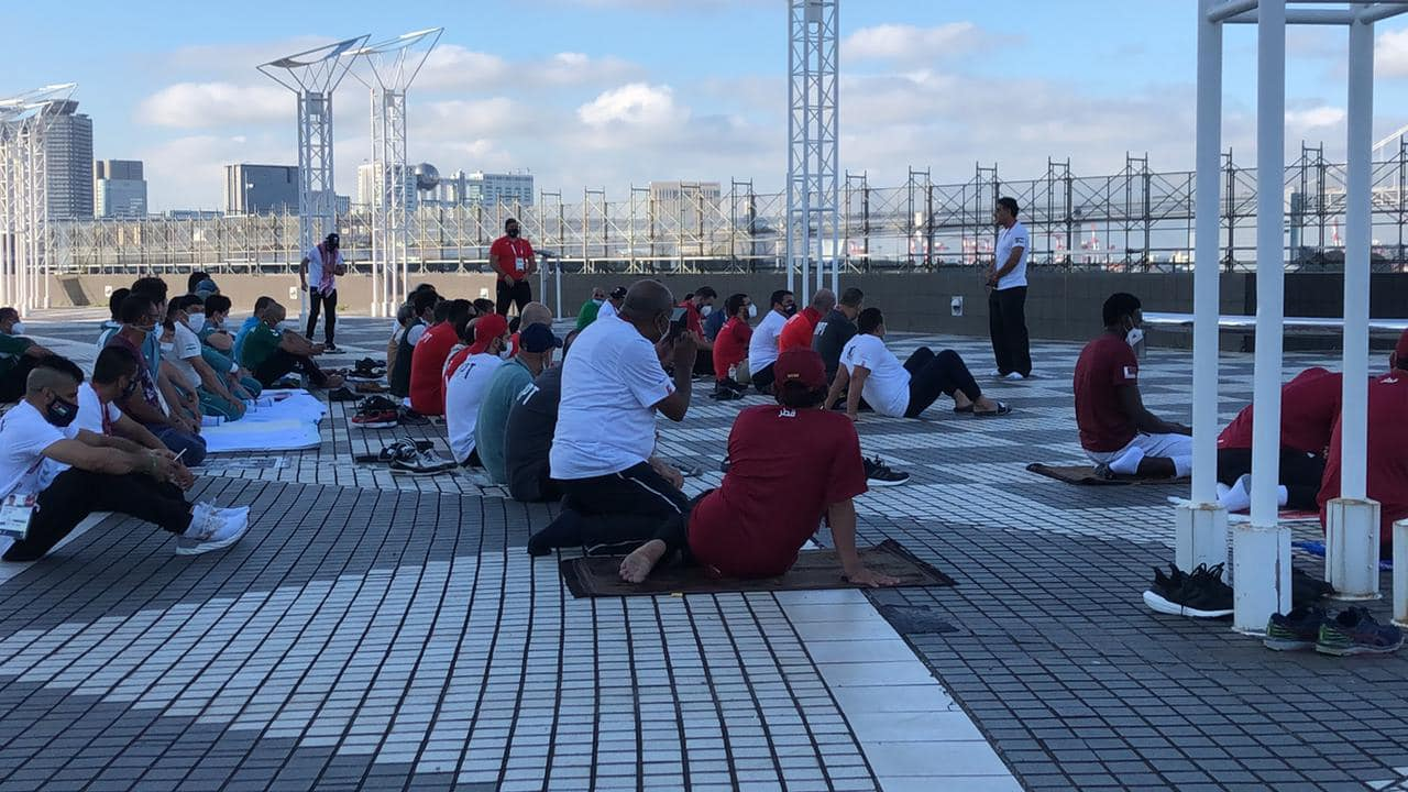 العيد وصل طوكيو.. شاهد بعثة مصر تؤدي صلاة عيد الأضحى