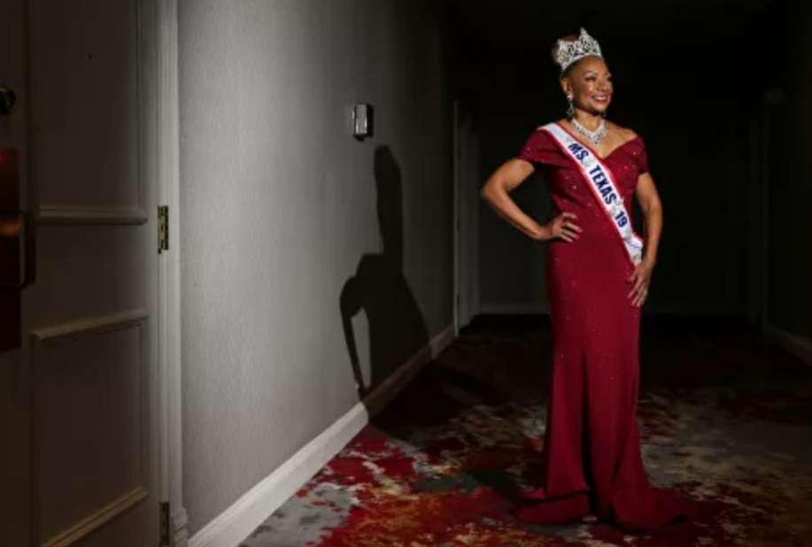اتفرج.. لقطات مذهلة لتألق مسنات في مسابقة ملكة جمال الكبار بتكساس
