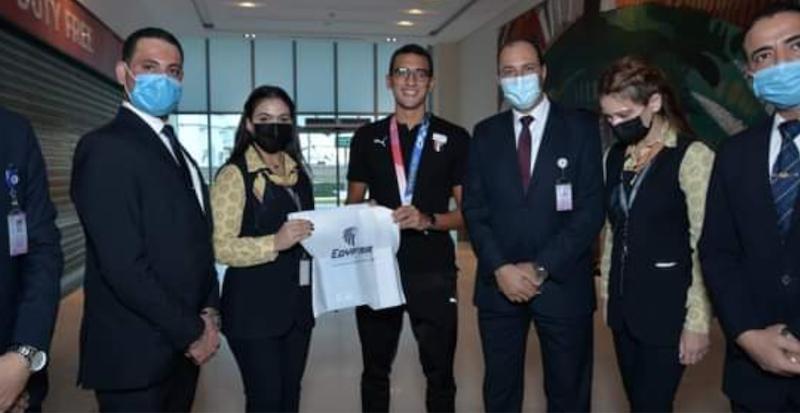 مصر للطيران : استقبال أستثنائي للبطلة فريال أشرف والبطل أحمد الجندي