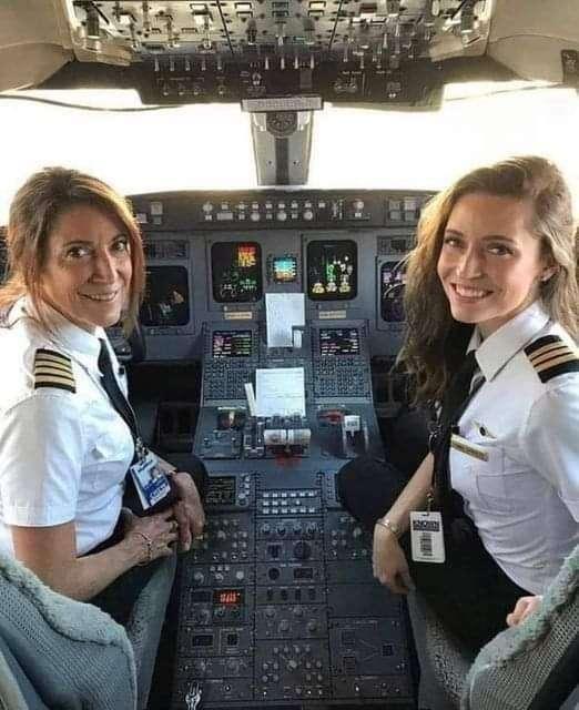 الله عليكي يا مصر: الأم طيار والبنت مساعد طيار