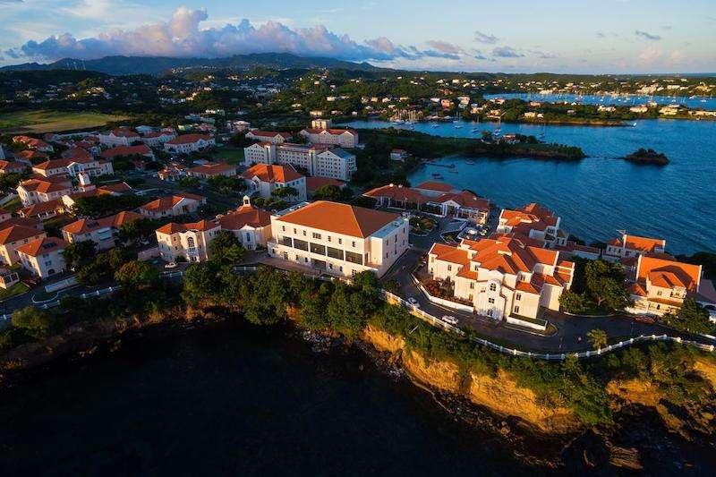دراسة الطب في البحر الكاريبي