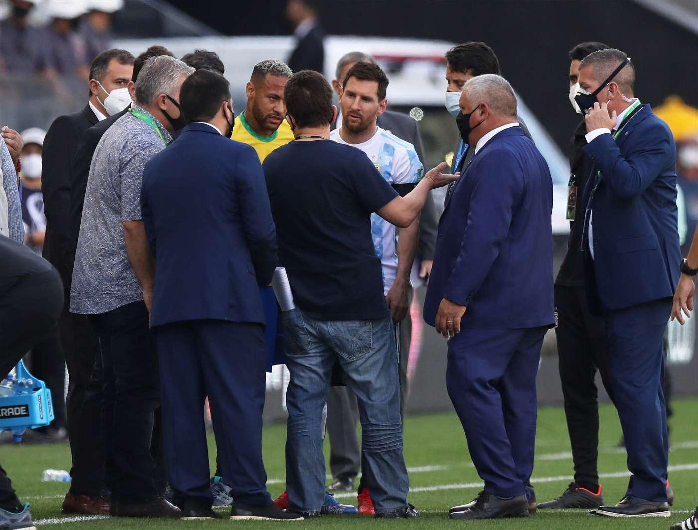 اعرف السبب.. توقف مباراة البرازيل والأرجنتين