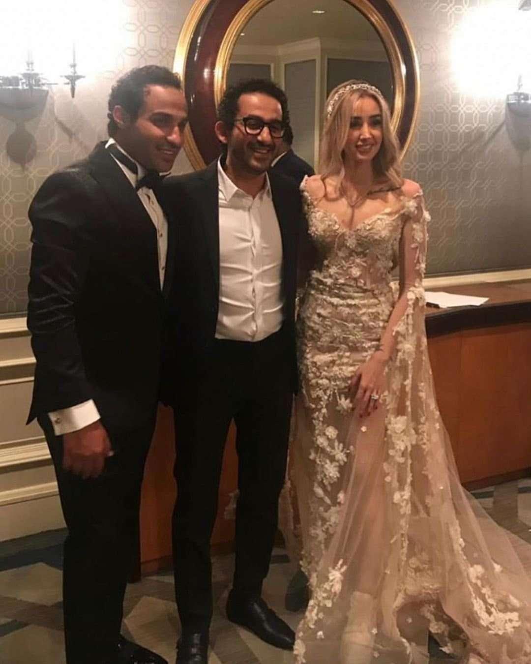 إتفرج علي أتيليه فساتين حفل زفاف الفنانين - صور