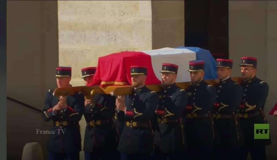فرنسا تفقد كنزا وطنيا.. وفاة الممثل جان بول بلموند
