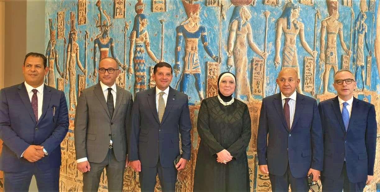 نيفين جامع تستعرض استعدادت مشاركة مصر باكسبو 2020 بدبى