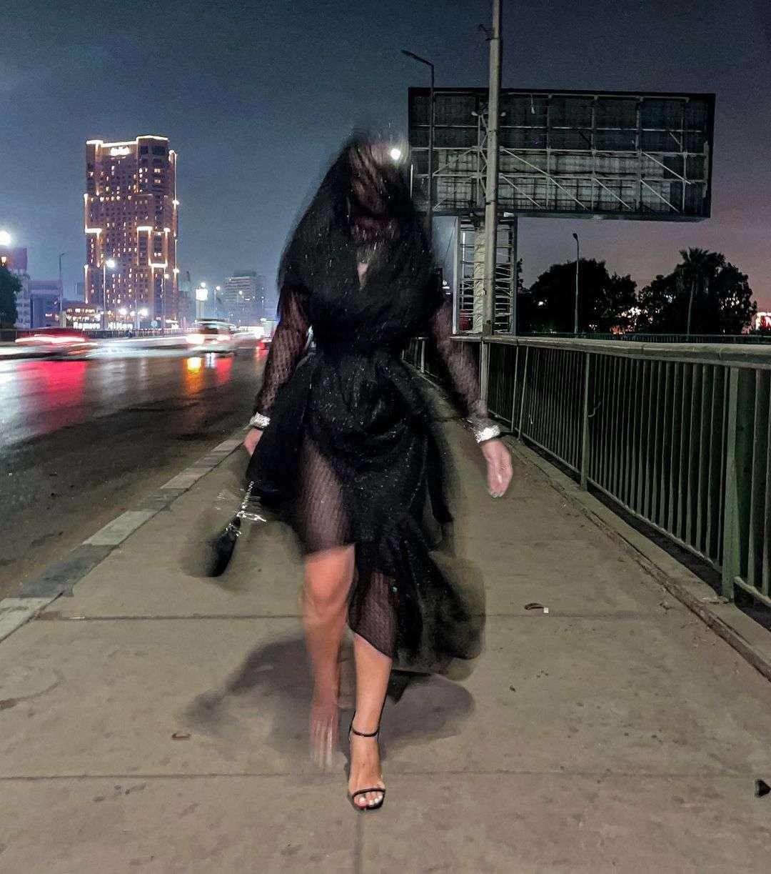 اتفرج.. الراقصة جوهرة قلدت كيم كاردشيان وركبت الترند