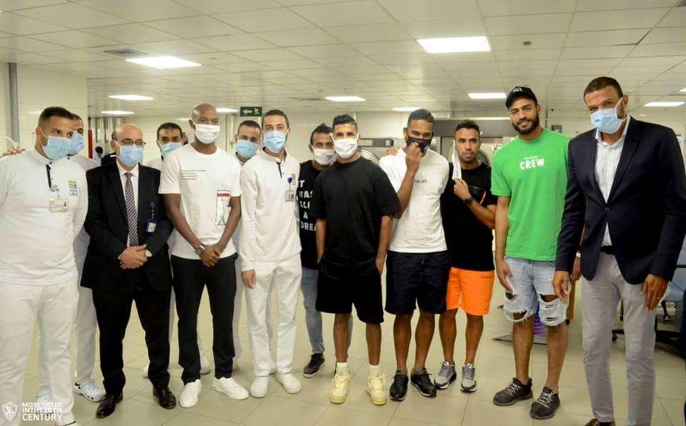 """بالصور.. لاعبو الزمالك يزورون مستشفى """"الناس"""""""