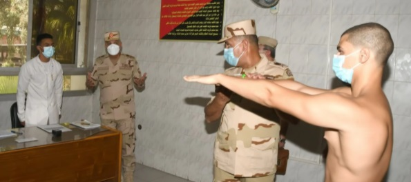 بالصور.. وزير الدفاع يتفقد اختبارات القبول للكليات العسكرية