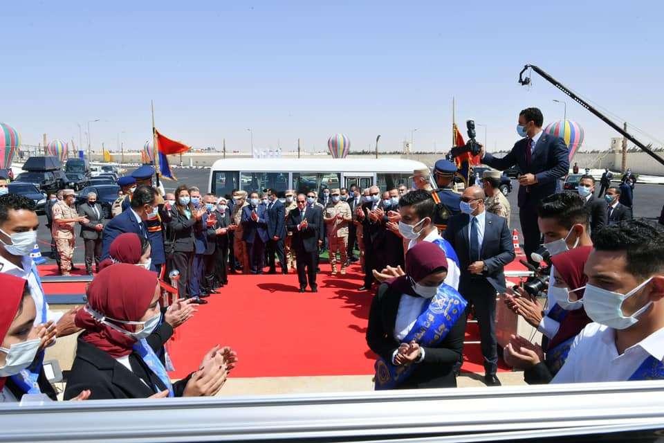 اتفرج على صور افتتاح الرئيس للمشروعات القومية لتنمية شبه جزيرة سيناء