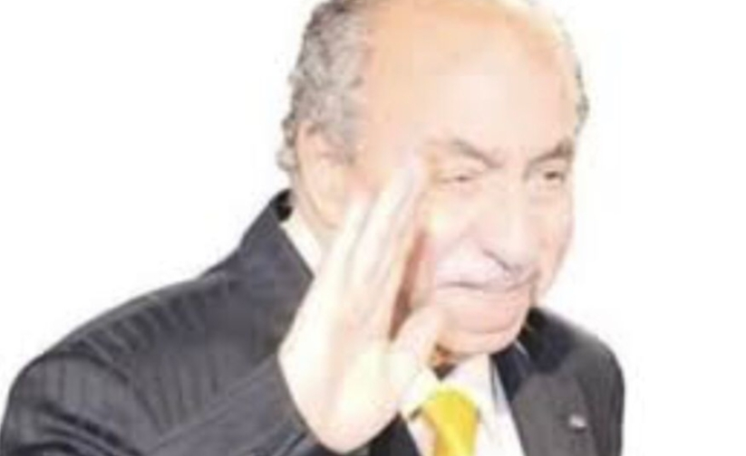 عمرو الليثي يشكر انعام محمد علي واعضاء لجنة تحكيم مسابقة ممدوح الليثي