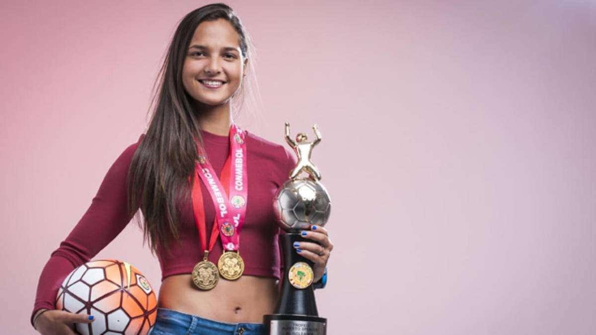 من أمريكا إلى فنزويلا - التحرش يحكم الكرة النسائية