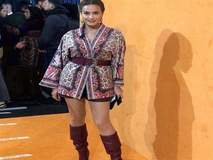اتفرج - الغزال هند صبري لبست الشتوي : لسه بدري يانجمة