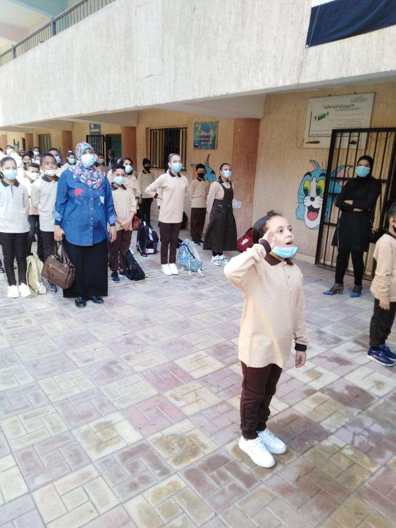 انتظام الدراسة بمدارس القاهرة في اليوم الثاني.. صور