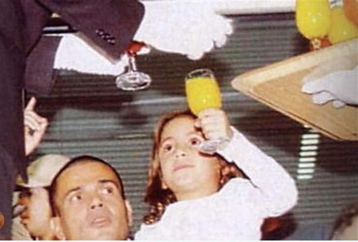 إحتفال خاص من كنزي عمرو دياب لوالدها في عيد ميلاده - إتفرج
