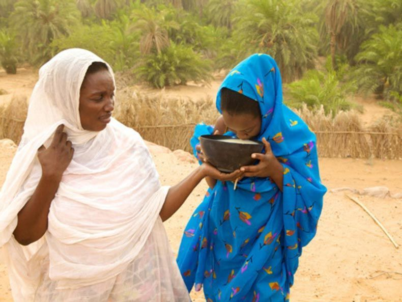 الأضخم هي الأجمل - مزارع تسمين الفتيات في موريتانيا