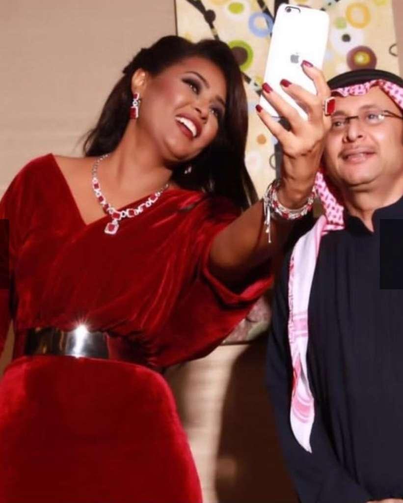شاهد.. صور كارثية تظهر كرش النجمات العرب