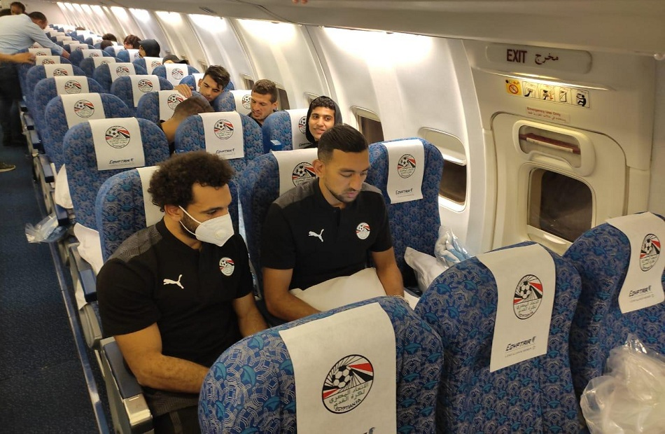 عاجل - وصول بعثت منتخب مصر إلي مطار القاهرة